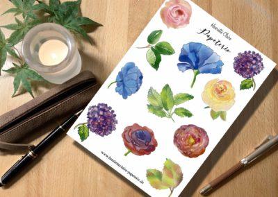 Aufkleberbogen blaue Blumen Blätter Rosen Hortensien